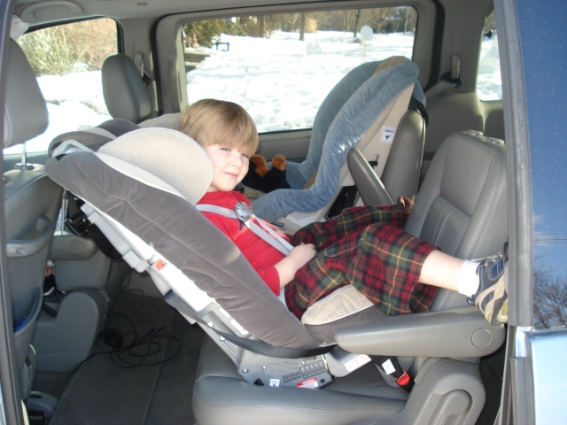 Narrow Booster Seat >> Sunshine Kids Radian XT Review (with lots of pictures!) – CarseatBlog