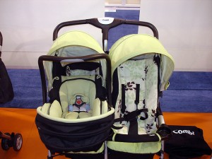 Combi dbl stroller