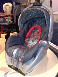 Graco Snugride Mickey