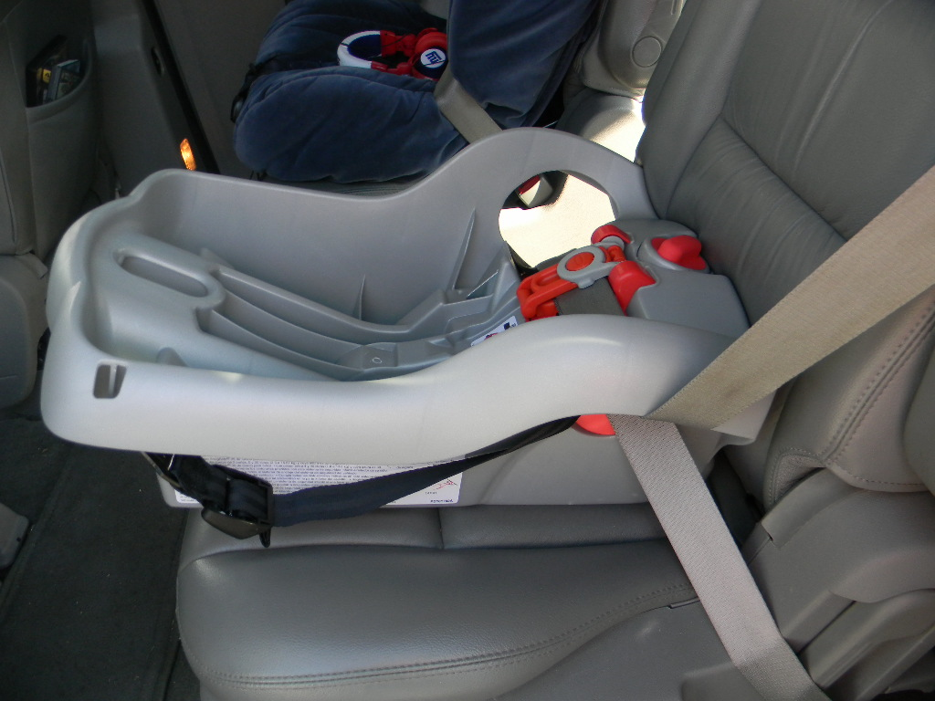 Graco Snugride Infant Car Seat Base Installation