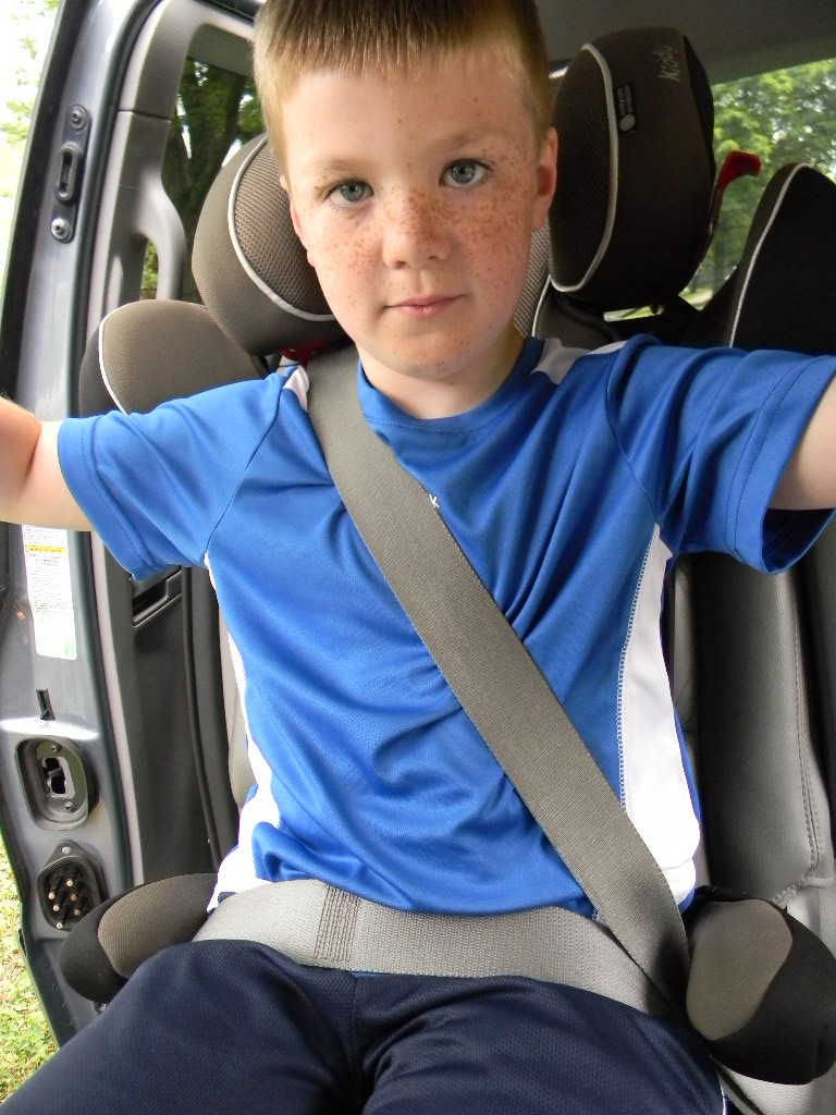 Captain chair car - Carseatblog The Most Trusted Source For Car Seat Reviews