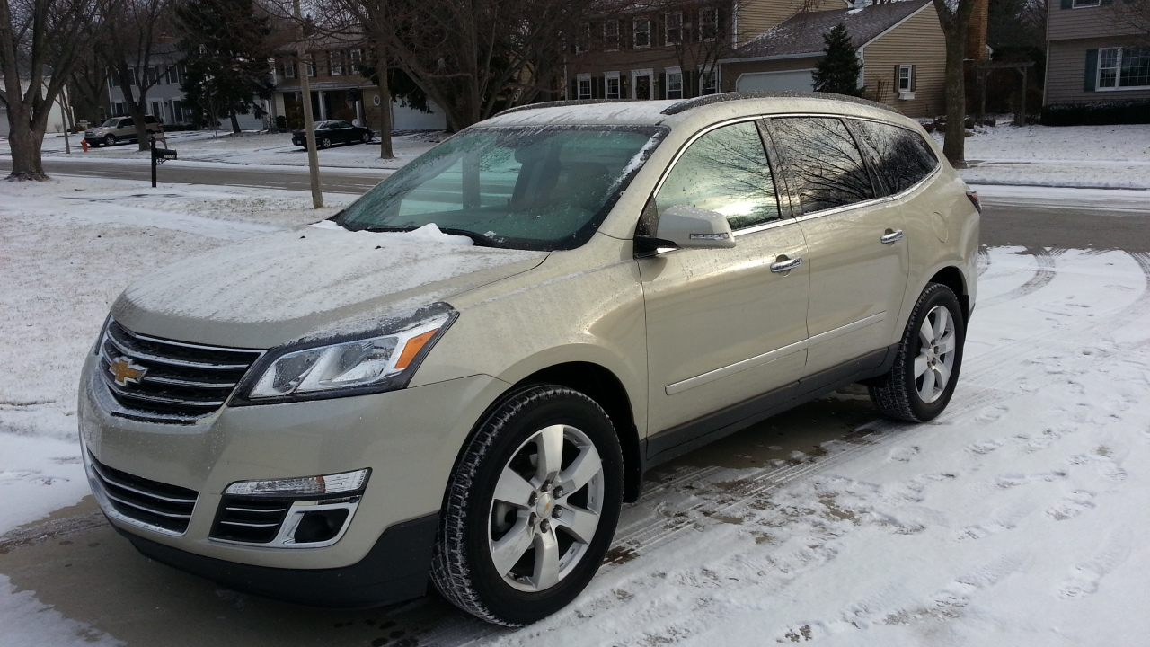review car original drive chevrolet traverse driver s and first photo reviews