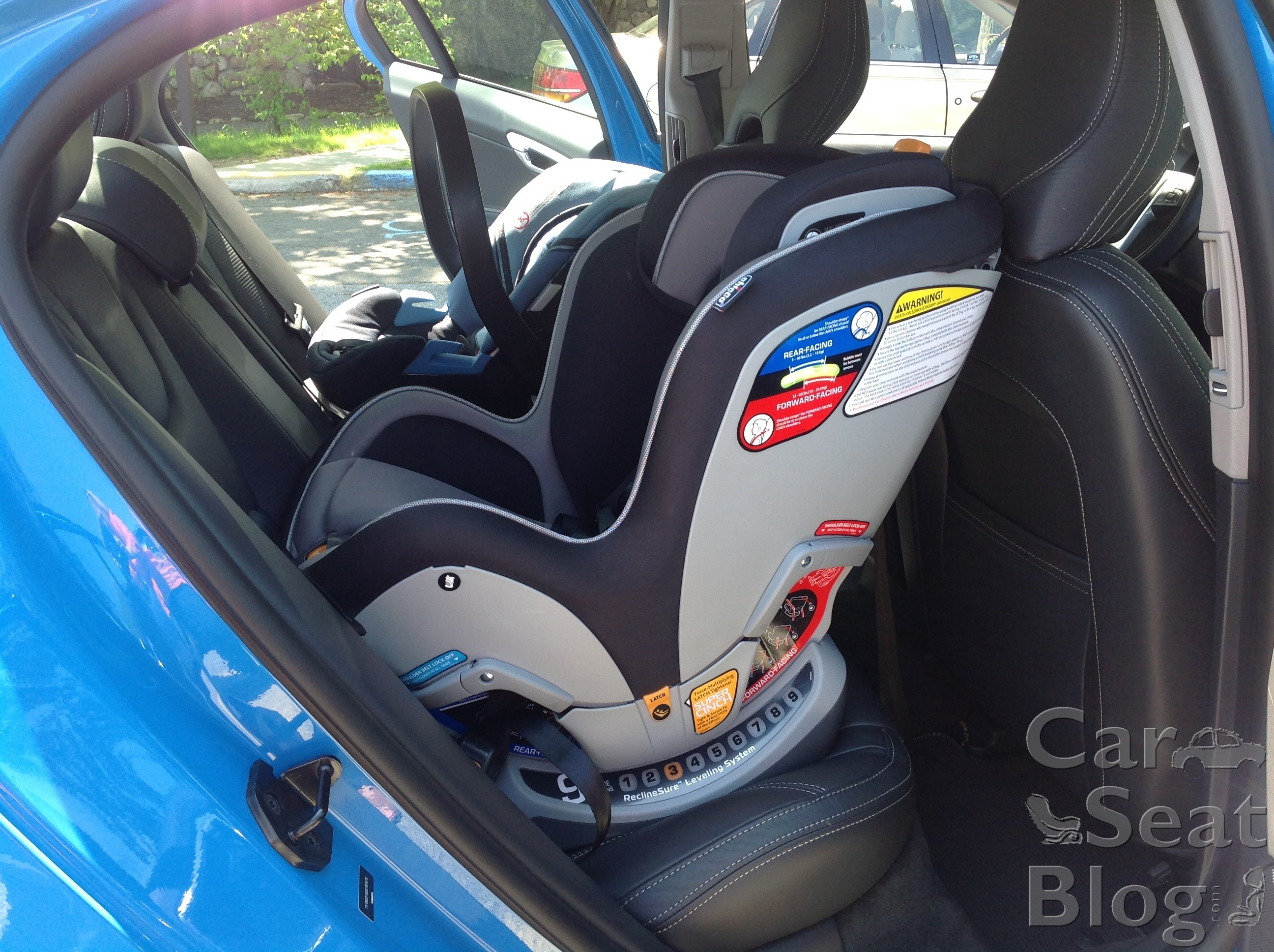 Kia Optima: Installing a child restraint on a front passenger's seat is forbidden