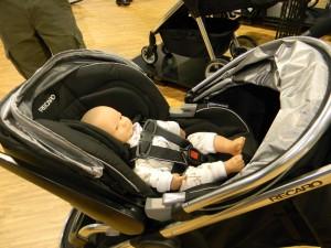 Recaro Guardia Infant Seat & Urbanlife stroller