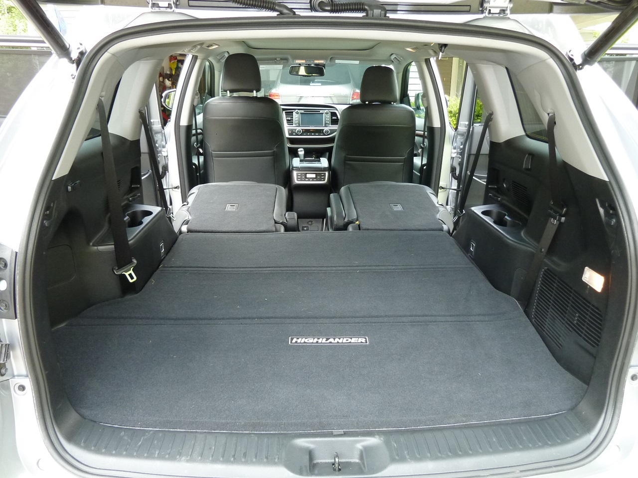 2014 2015 toyota highlander hybrid review kids. Black Bedroom Furniture Sets. Home Design Ideas
