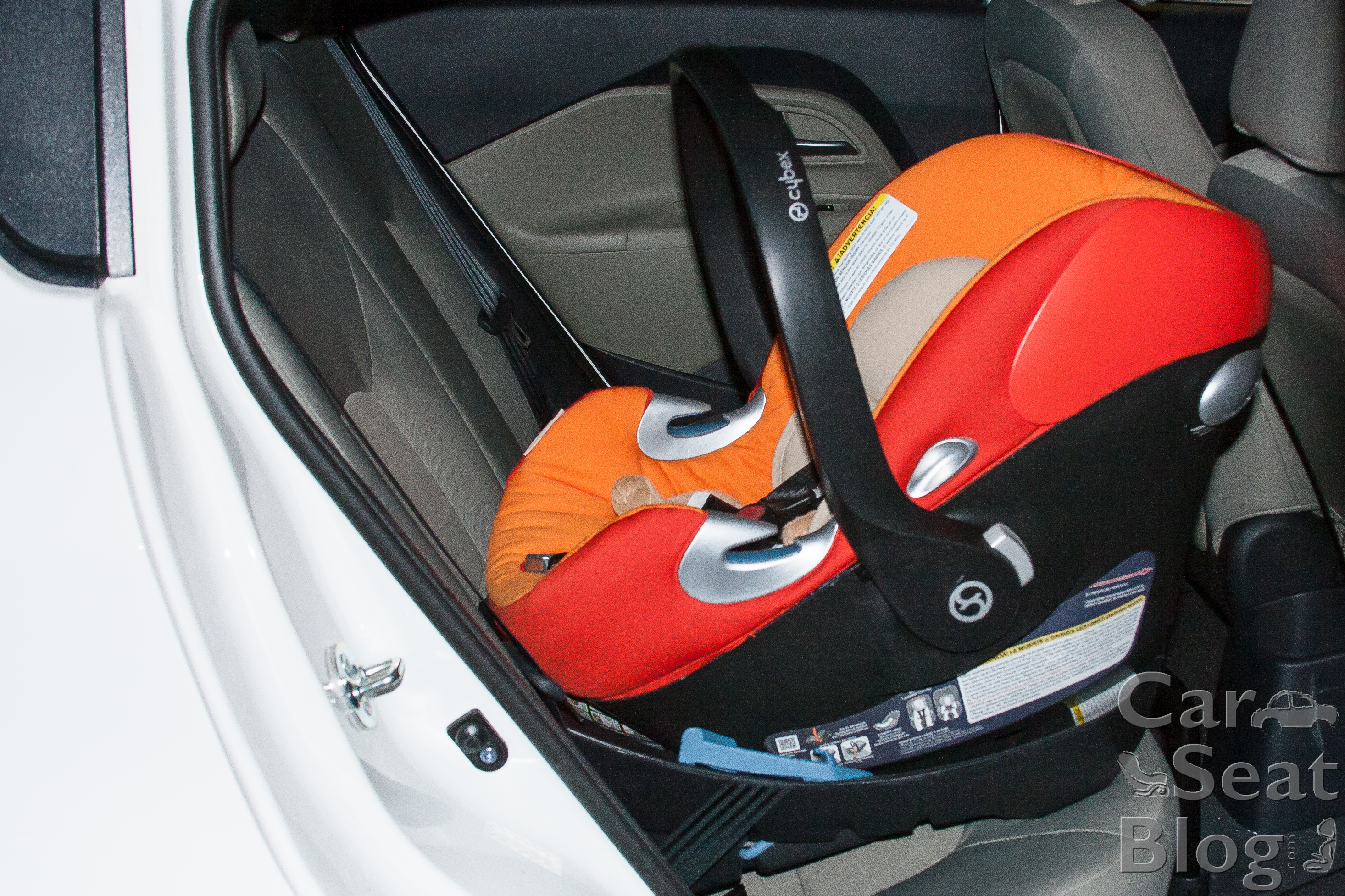 Cybex Allows The Aton Q To Touch Vehicle Seat In Front Of It But Only If Manufacturer And Recline Angle Isnt