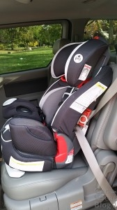 Graco Argos 80 Elite - installed with seatbelt using lockoff