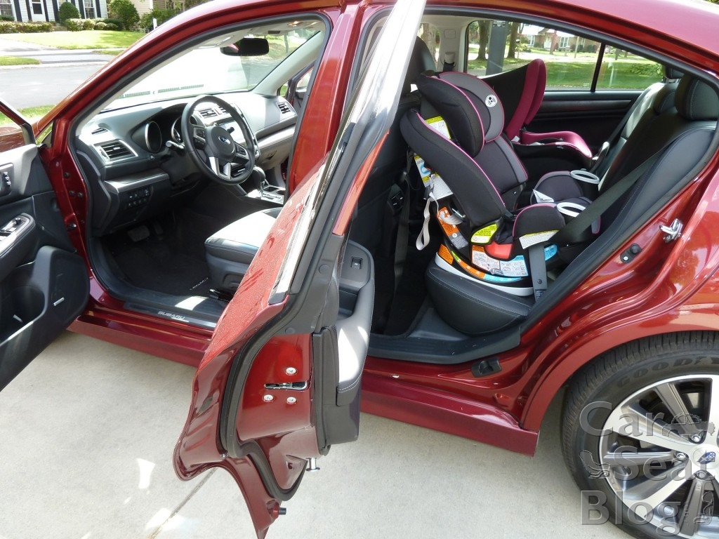 2015 Subaru Legacy legroom