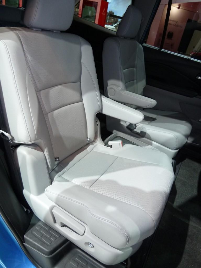 Honda Pilot Captains Chairs >> Honda mdx second row seat cable folding problem