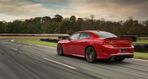2015-charger-gallery-srt-08