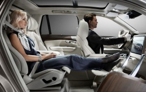 Volvo_XC90_Excellence_Lounge_Console