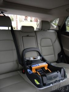 chicco-fit2-base-installed-with-seatbelt-tucson-center